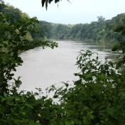 Lindero con Rio Daule